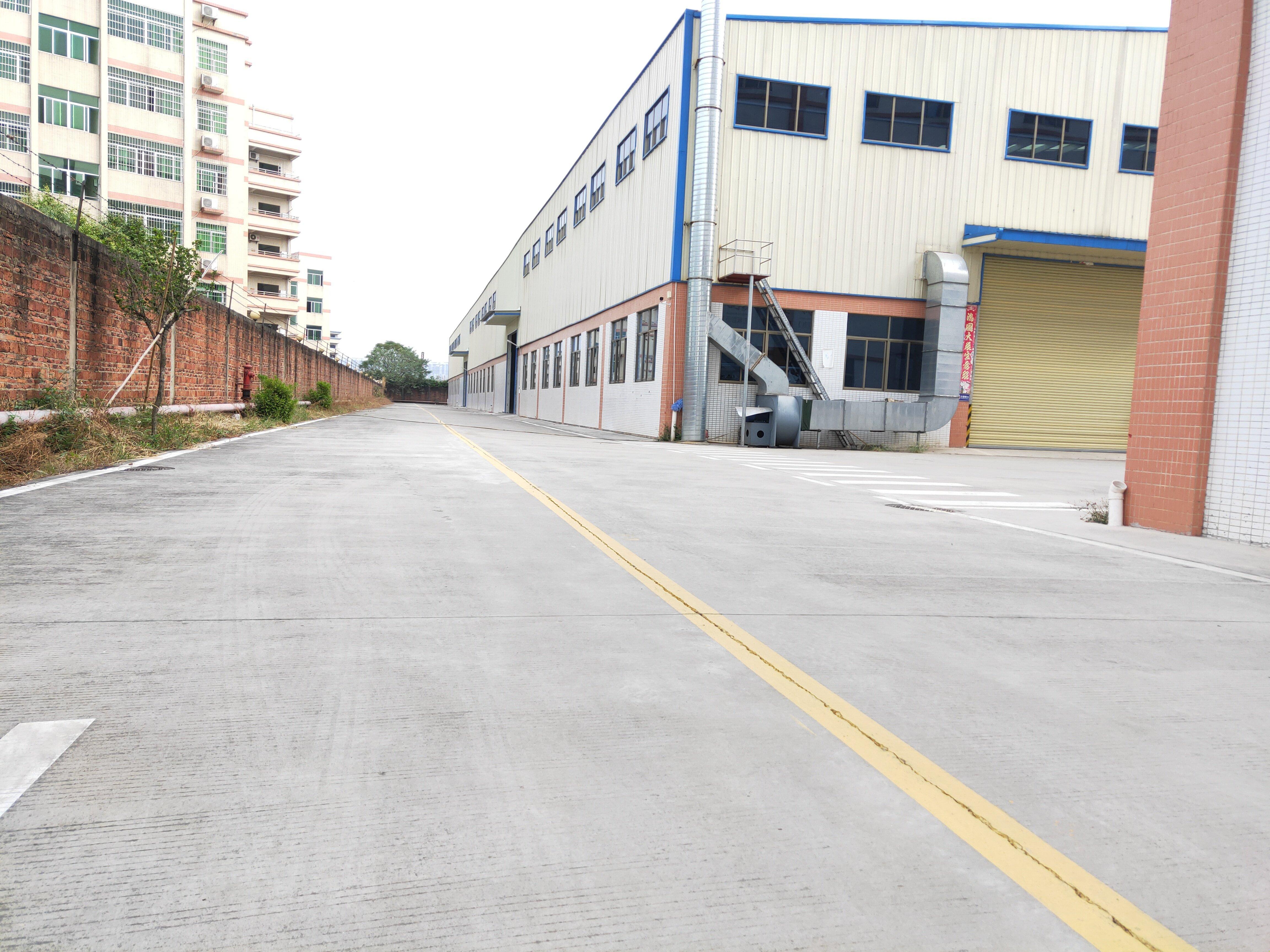 佛山市三水白坭镇工业园独院4500方厂房出租。园区有市政排污
