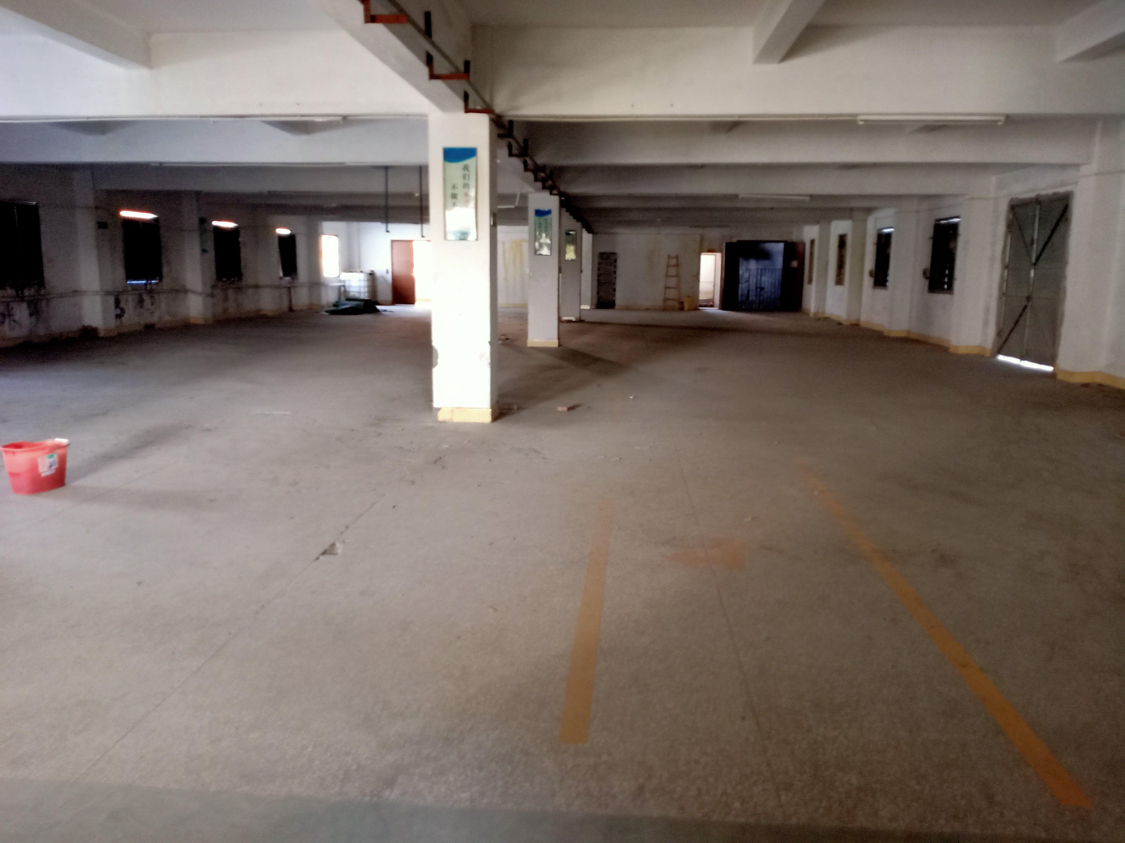 道滘镇小面积分租厂房400平带喷油喷漆环评交通方便