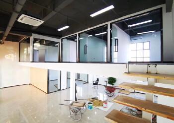 坂田10号线地铁口甲级写字楼复式豪华装修235平图片2