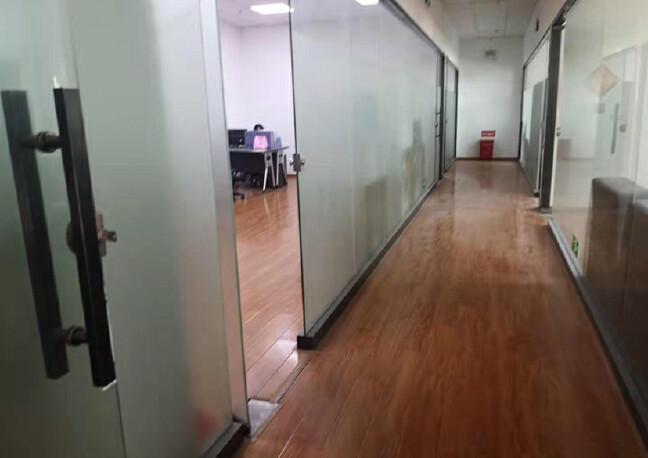 观澜梅观高速出口大型园区1楼1800平方高度6米高招租