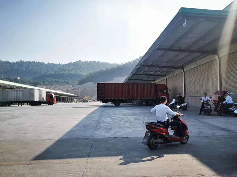 高速出口标准物流仓出租高台仓双面卸货平台