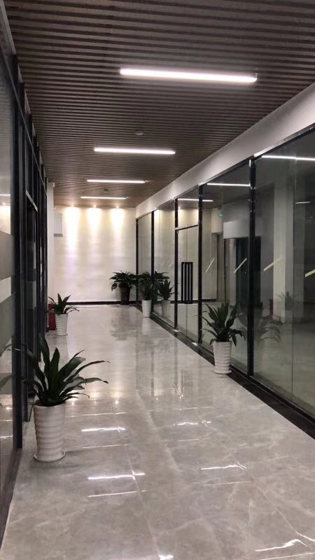 大浪南江工业园A栋四楼206平招租
