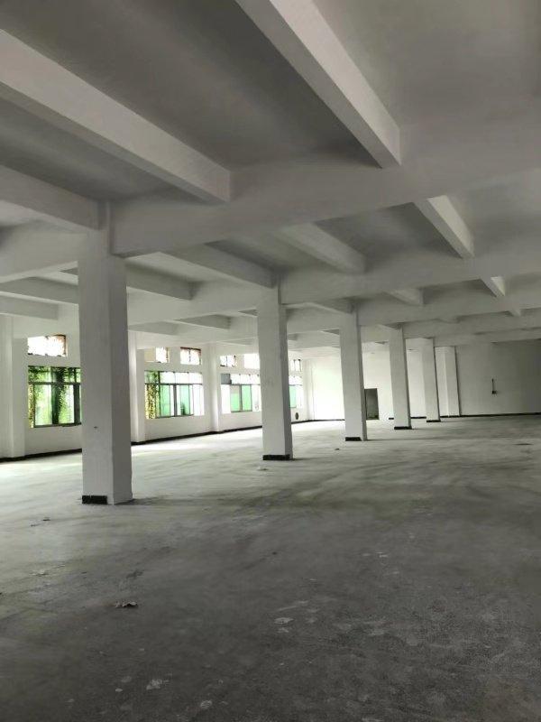 新建厂房楼上2200平方可分租