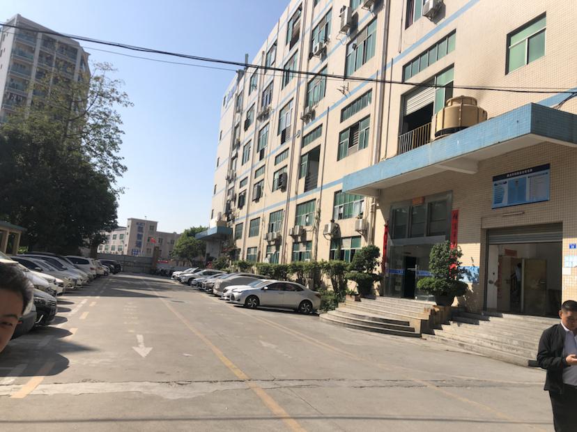 福永白石厦新塘工业区附近楼上新出精装修无需转让费700平厂房