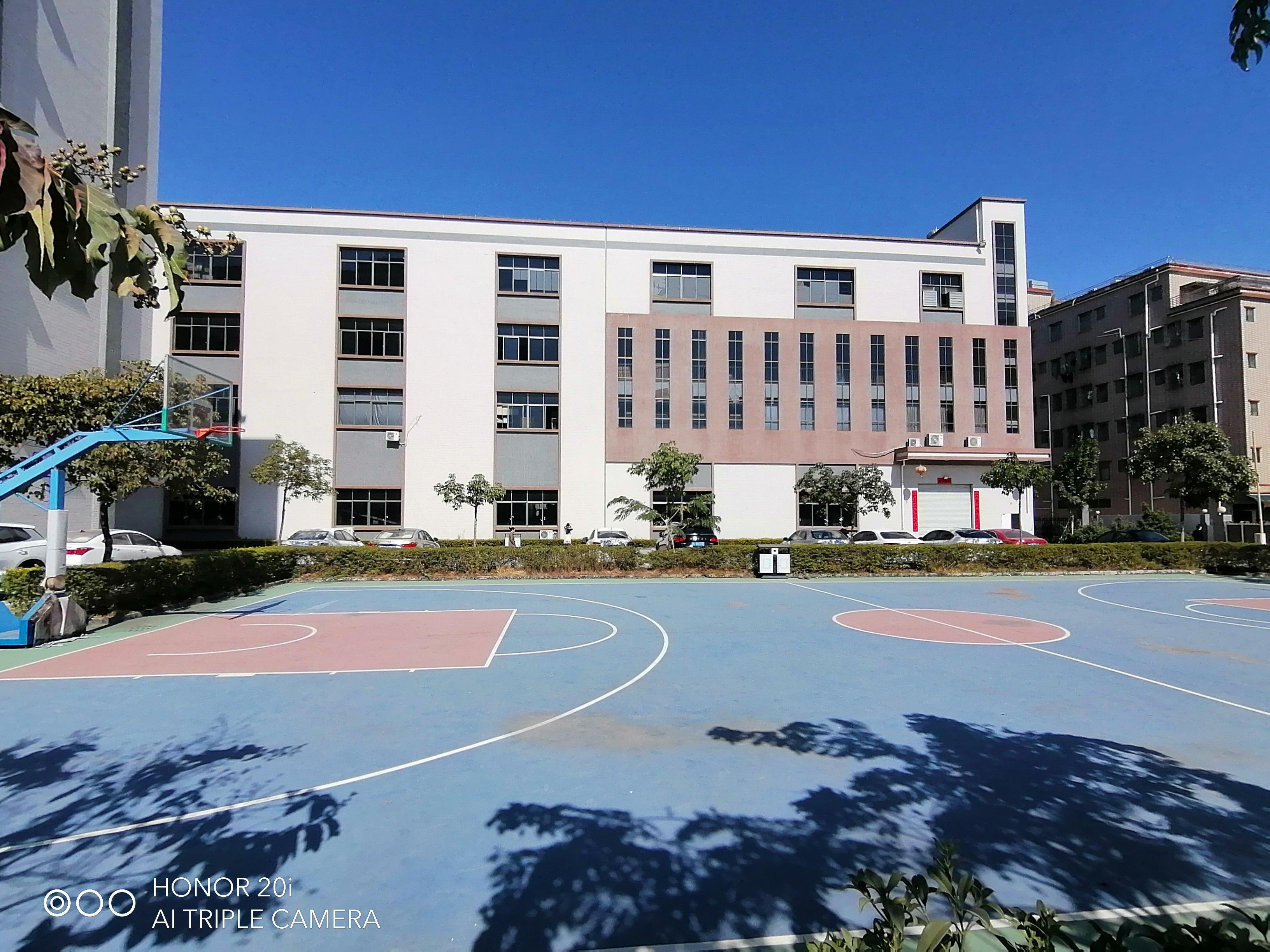 惠阳镇隆原房东花园式厂房楼上2500平方出租