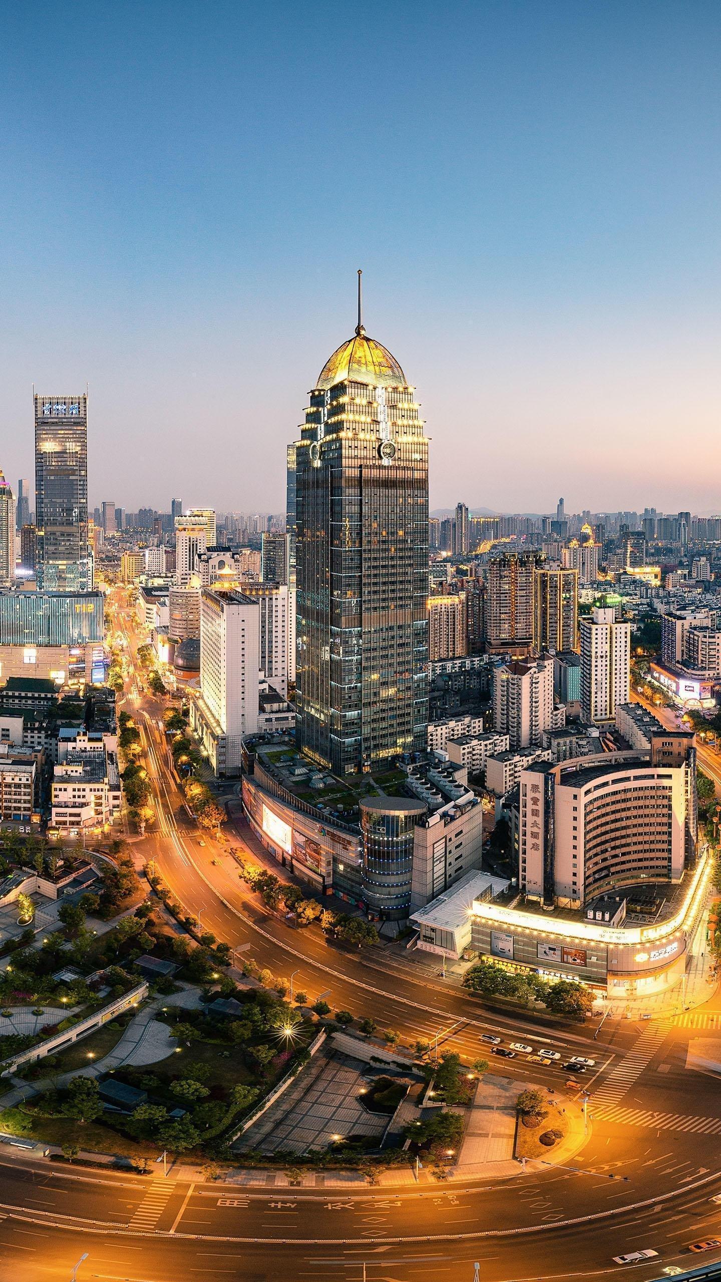 深圳市未来地铁口龙岗大道边商业经典红本物业出售