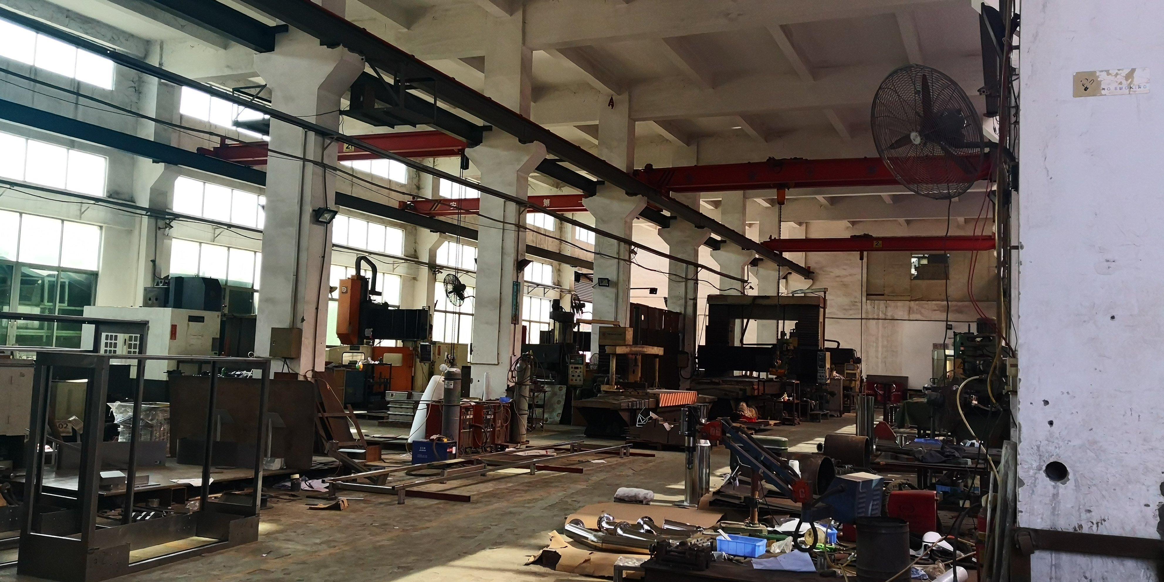 塘厦石马近凤岗新出楼上1400平方,重工业厂房原房东