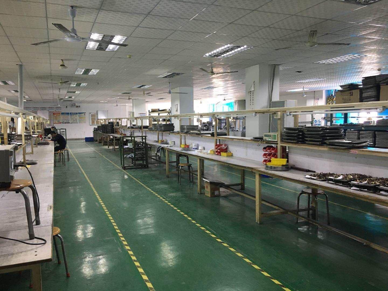 清湖地铁站旁楼上400平价26厂房仓库