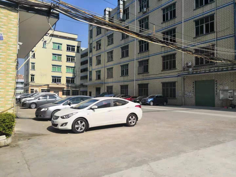 坪山坑梓原房东大型工业园28000平红本建筑厂房出售