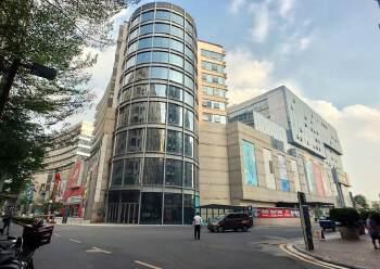 福永地铁口边楼上精装写字楼780平方出租图片1