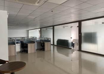 福永地铁口边楼上精装写字楼780平方出租图片6