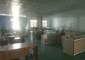 福永机场附近新出楼上1350平出租图片1