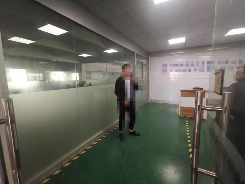福永机场附近新出楼上1350平出租-图2