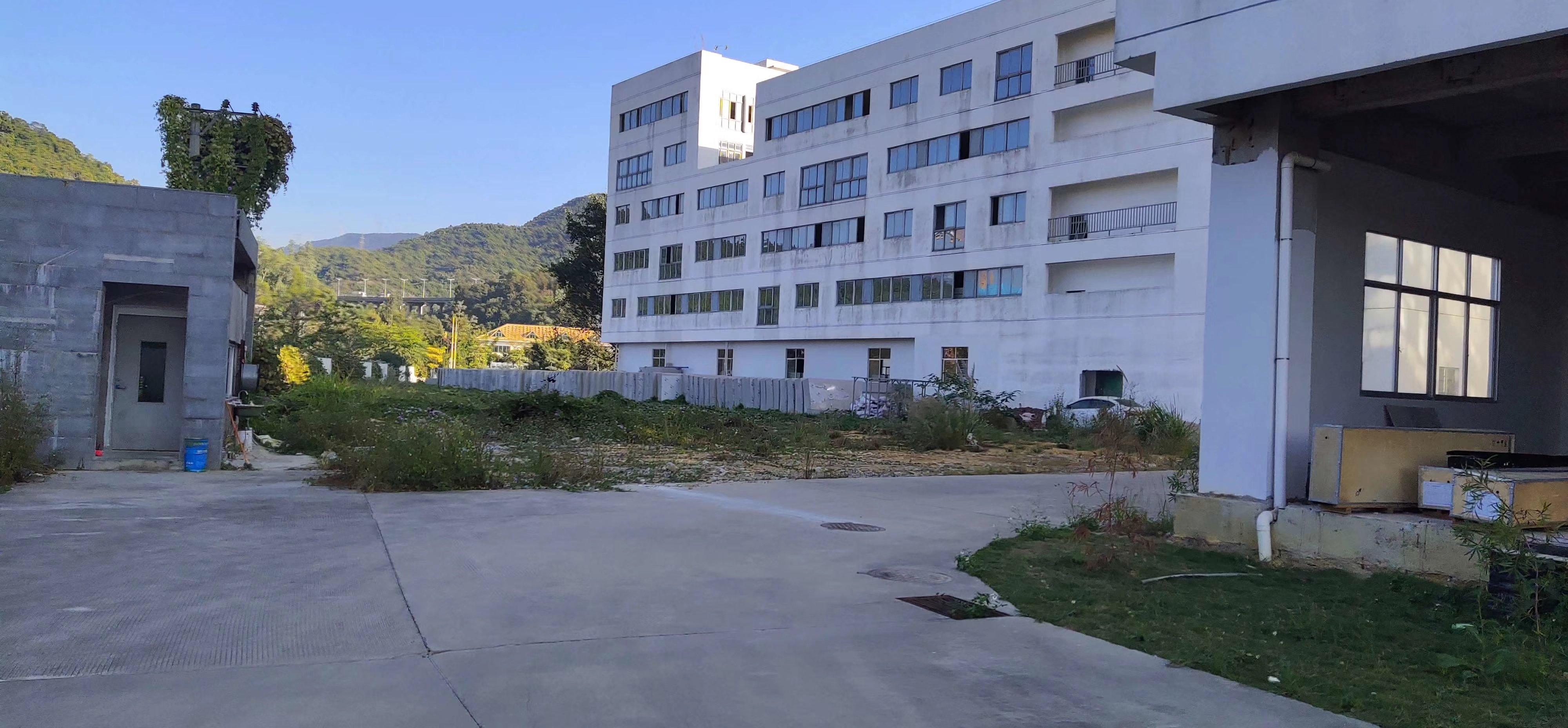 坪山大工业区新出21000平红本独院厂房出租可做教育养老院