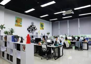龙华清湖地铁口精装甲级写字楼转租图片2