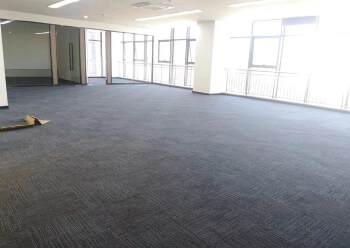 布吉上李朗地铁站全新精装修写字楼78㎡租43元1+1格局图片5