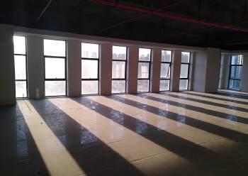 松岗写字楼豪华装修,形象好,车位多停车方便150平方招租。图片6