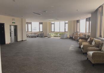 龙华大浪甲级写字楼出租2800平、展厅、会场、办公80使用率图片6