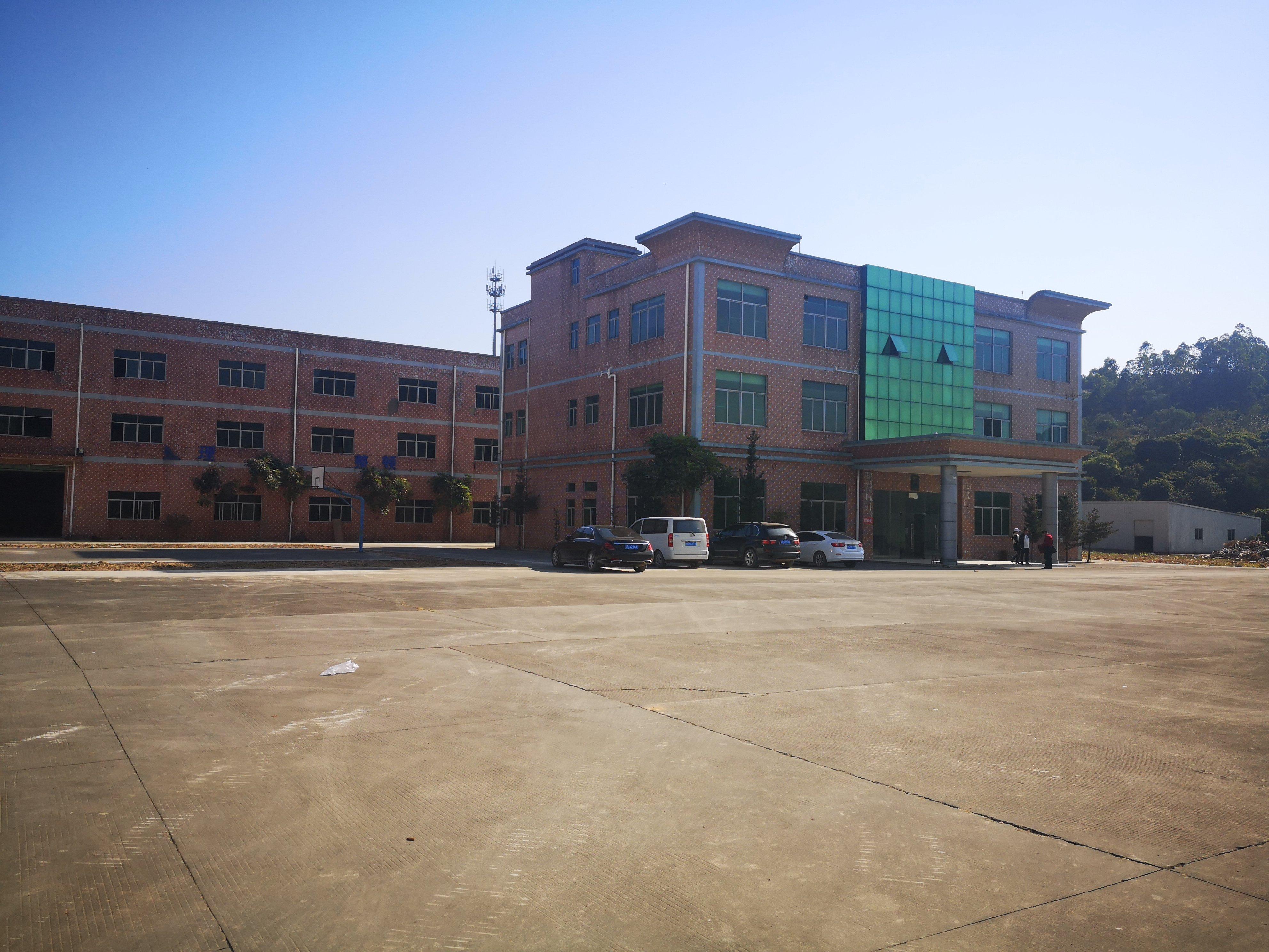 龙岗横岗新出空地超大9000平独院厂房可办环评不限行业