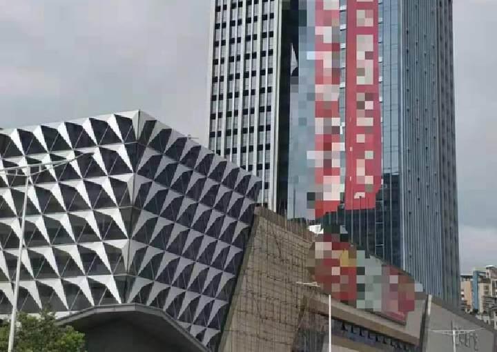 长安镇霄边万达广场附近新出甲级写字楼40000平可分租图片1