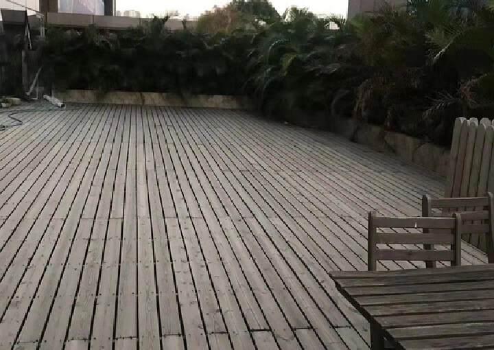 龙华清湖地铁口精装甲级写字楼转租图片1