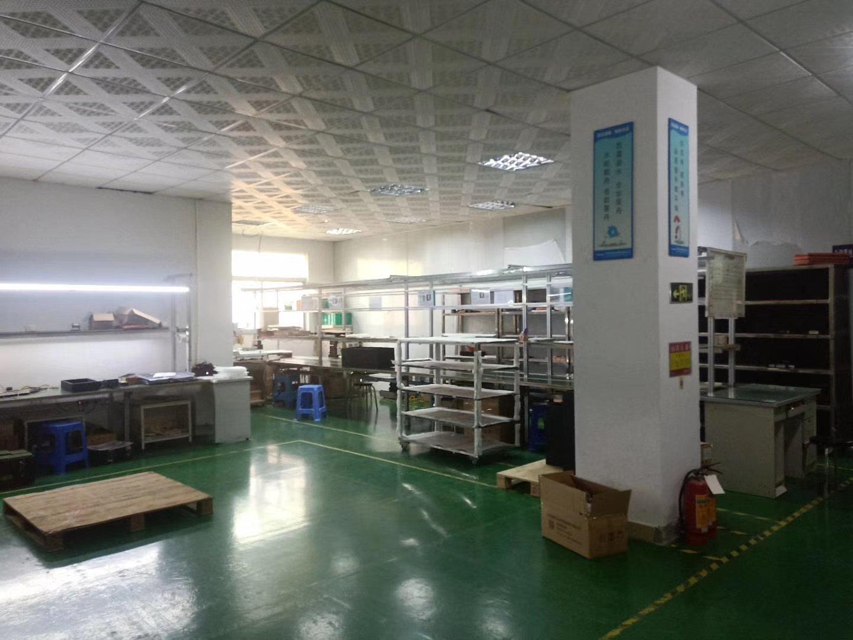 福永凤塘大道边2500平精装贴片厂房出租