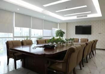龙华清湖地铁口精装甲级写字楼转租图片4