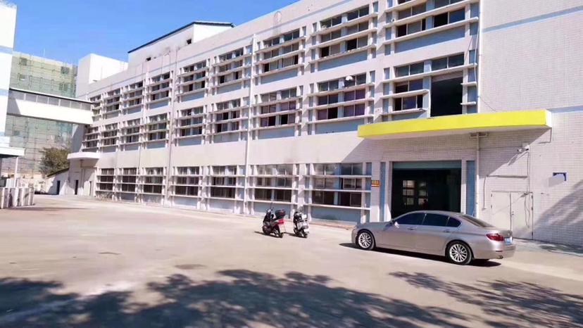 光明区公明新出红本独院一楼高度6米带牛角楼上4.5米空地大