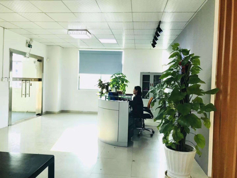 龙华大浪工业区三楼750办公,带仓库