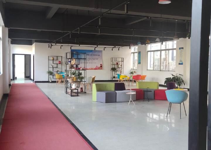 高埗镇新出5A级办公楼豪华装修3000平层高7米300个车位图片4