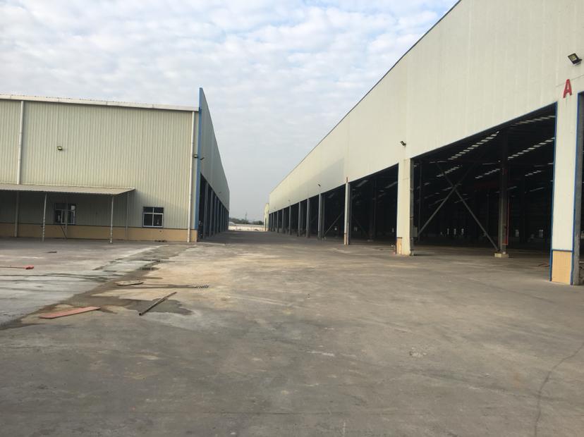 里水镇高速出口附近标准物流仓库原房东46000平米大小都可分