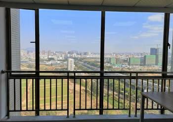 沙井地铁口中小户型办公室面积136平方米,落地窗,楼层高图片2