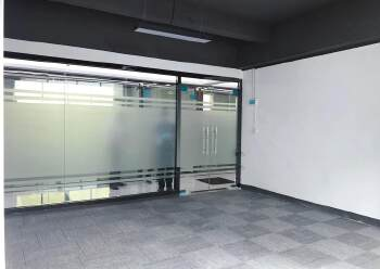 布吉丹竹头地铁站300米精装修办公室126㎡出租2+1格局可图片4