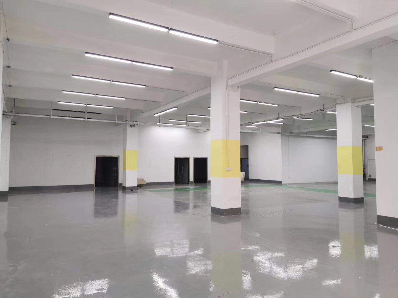 平湖新木华南城周边楼上带装修800平方米带装修厂房仓库出租