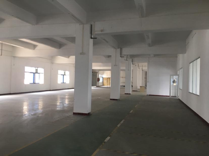 平湖华南城附近楼上850平厂房招租