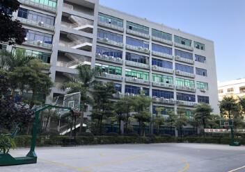 石岩镇原房东,红本厂房,高速出口附近楼上1600平方厂房出租图片1