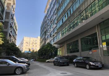 石岩镇原房东,红本厂房,高速出口附近楼上1600平方厂房出租图片7