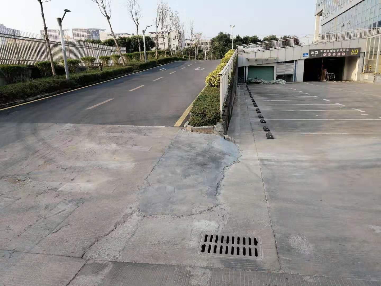 坪山石井新出滴水8米3000+3000平钢构厂房出租现成行车