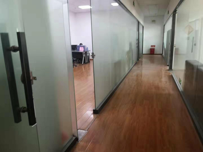 龙华大浪原房东红本园区一楼带装修2000平方出租-图3