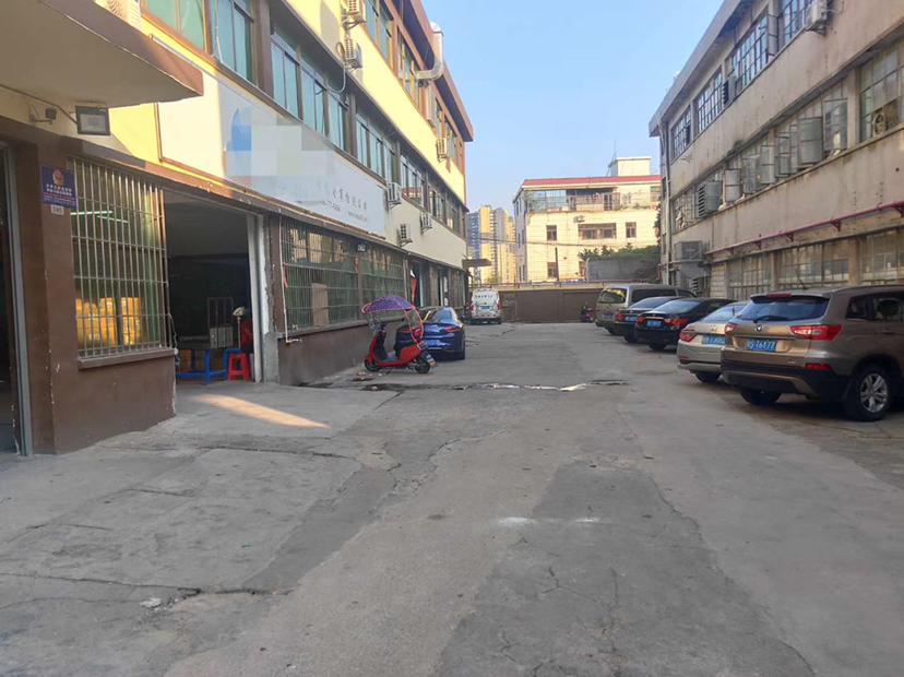 福永兴围600平米精装修物流仓库出租,水电到位拎包入驻
