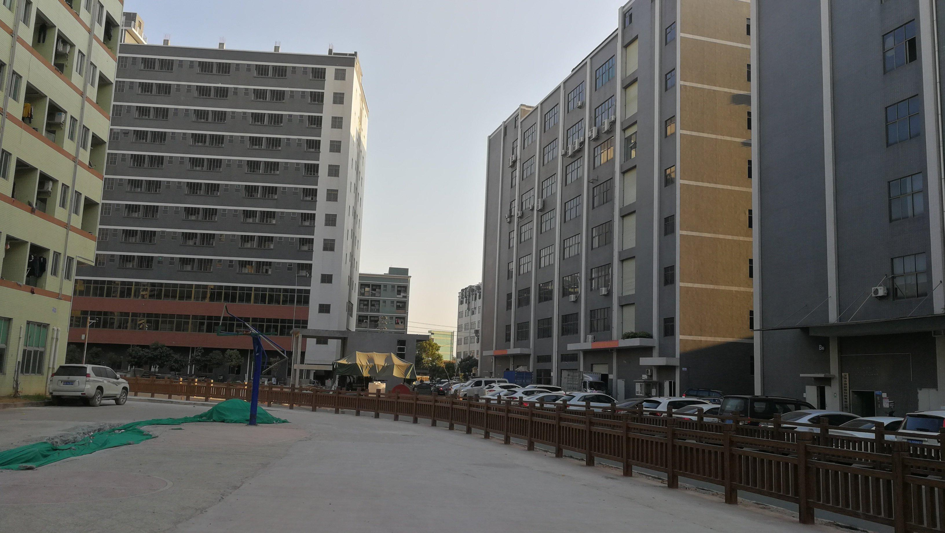 光明区大型工业园楼上2600平方出租