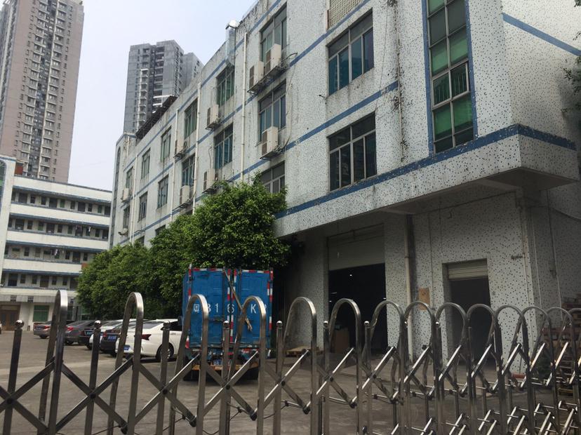平湖华南城附近一楼550平招租