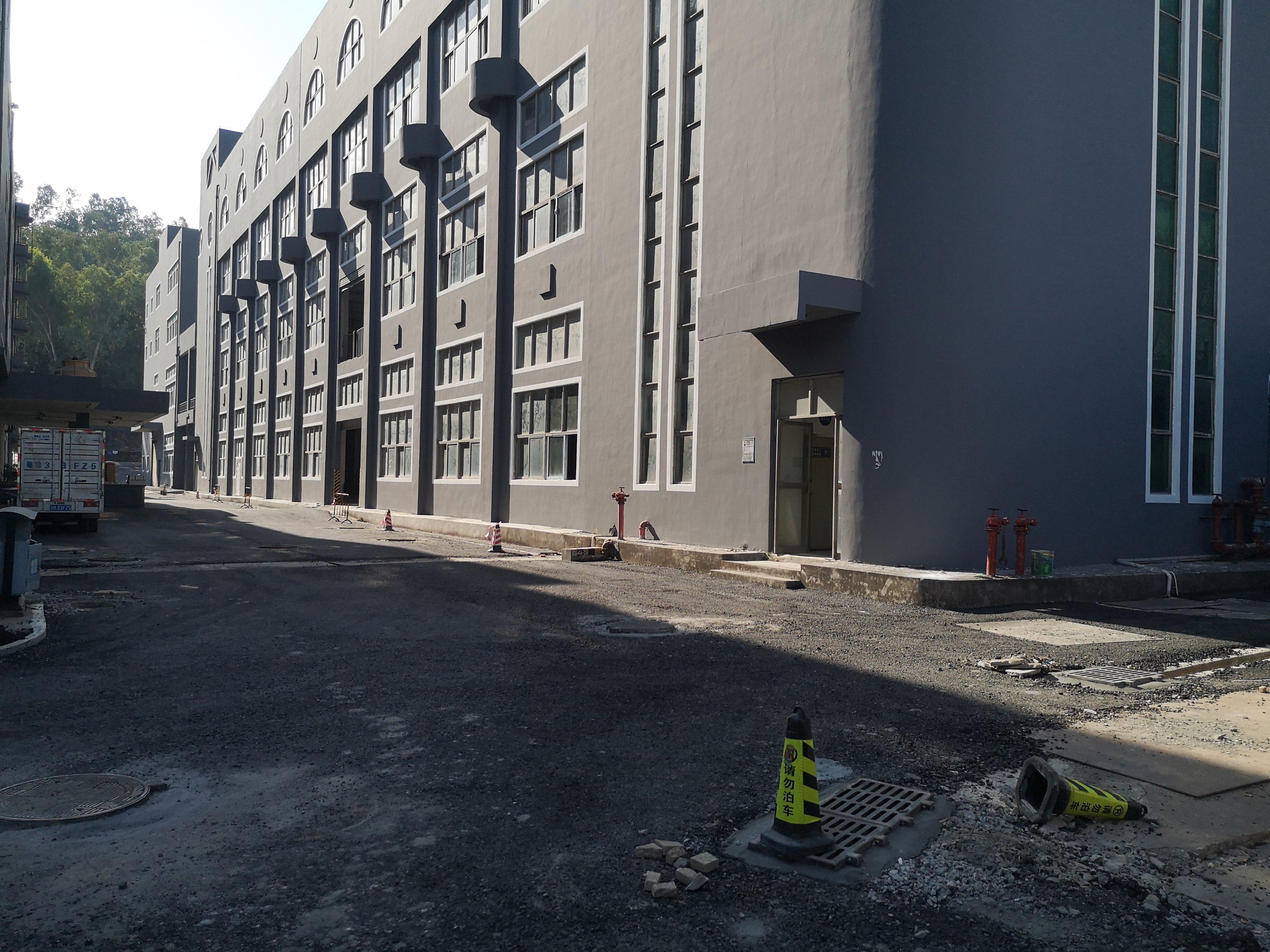 观澜桂花红本独栋厂房1-4层9700平米一二楼高度6米