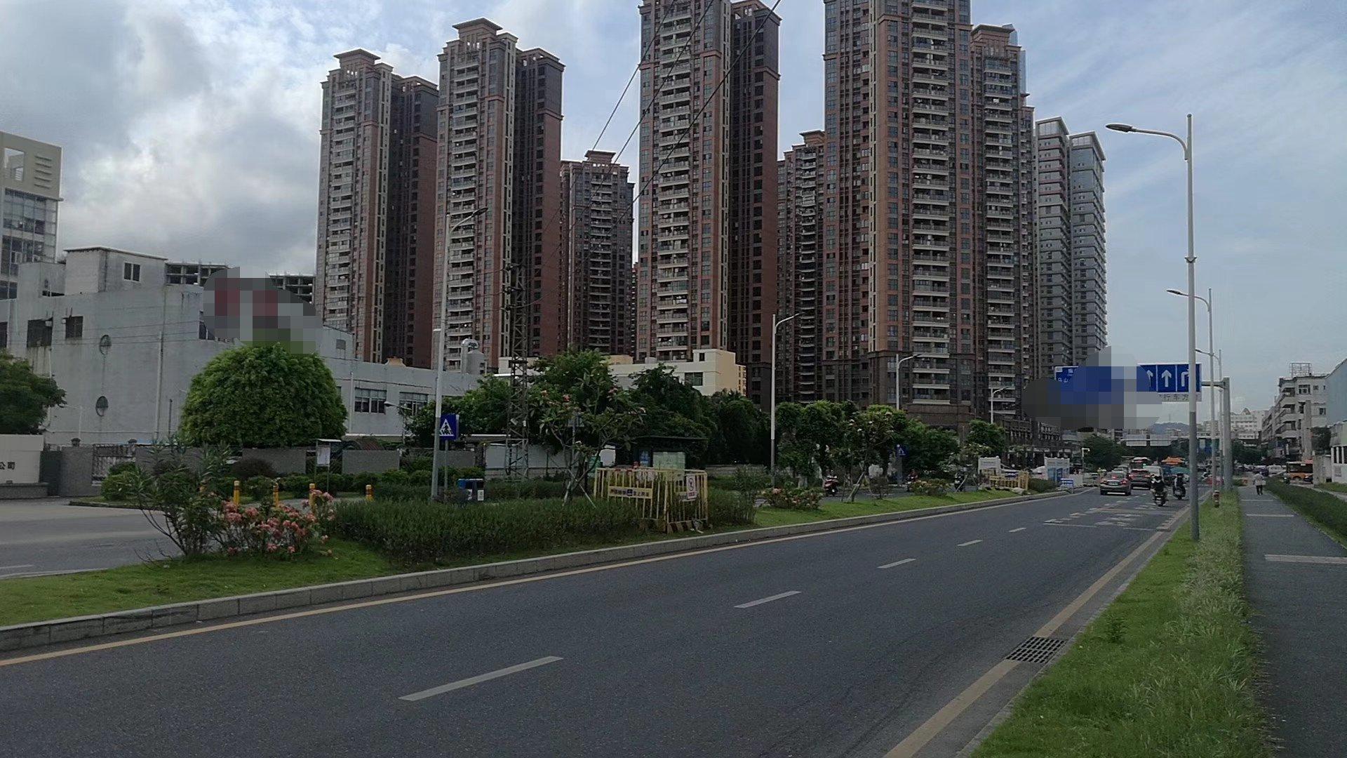 公明中心主干道边8000平米两层独院厂房出租空地4000平米