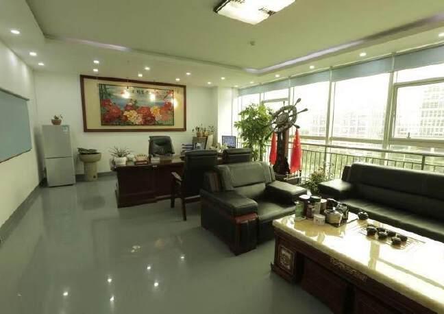 光明公明甲子塘红本高新科技园楼上整层2180平带无尘车间出租
