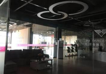 龙华油松全新青年创业园精装修办公室出租80平起租图片1