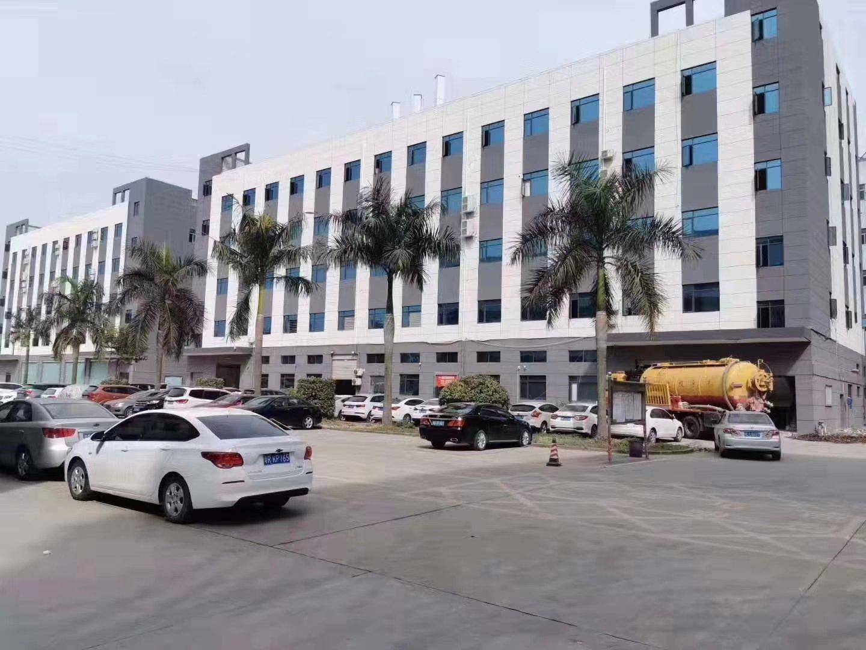 福永会展中心附近高新产业园区楼上450平豪华装修厂房出租