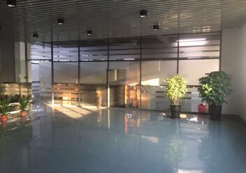 松岗罗田高速路口新出村委厂房实际面积出租2000平方!图片2
