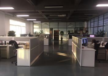 松岗罗田高速路口新出村委厂房实际面积出租2000平方!图片6