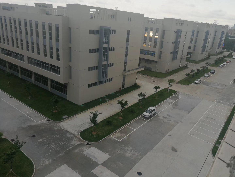 平湖机荷高速交汇海吉星大门附近一楼1500平方米厂房招租